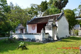 Wat Chaeng Worawihan (วัดแจ้งวรวิหาร) Tambon Tha Wang, Mueang Nakhon Si Thammarat District, Nakhon Si Thammarat 80000, Thailand.