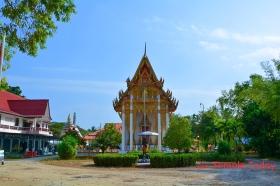 Wat Sena Ram (วัดเสนาราม) Tambon Tha Sala, Amphoe Tha Sala, Chang Wat Nakhon Si Thammarat 80160, Thailand.