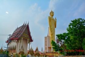 Wat Burapha Phi Ram (วัดบูรพาภิราม) Tambon Nai Mueang, Amphoe Mueang Roi Et, Chang Wat Roi Et 45000, Thailand.